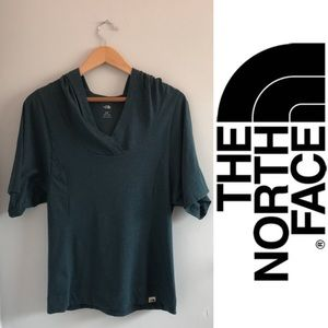 NORTH FACE Hooded Short Sleeve Pullover